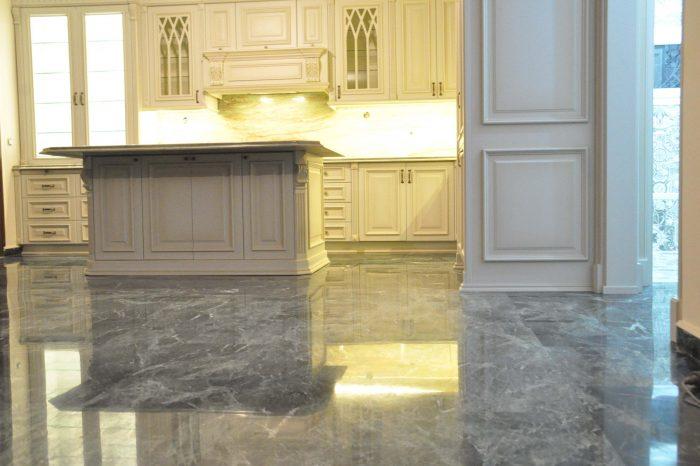 ΔΙΑΜΕΡΙΣΜΑΤΟΣ 700x466 - Apartment renovation in Agias Sofias Street
